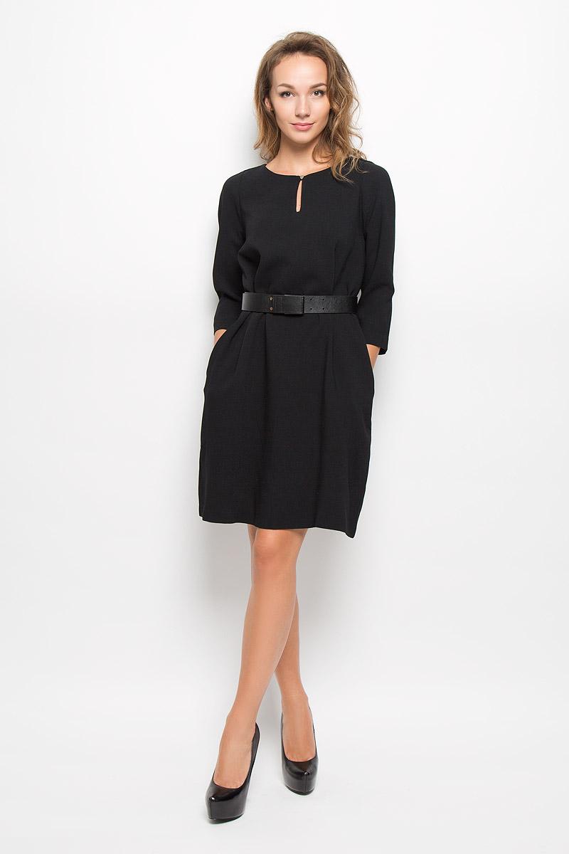 Платье Baon, цвет: черный. B423. Размер L (48)B423_BLACKЭлегантное платье Baon выполнено из полиэстера с добавлением эластана. Такое платье обеспечит вам комфорт и удобство при носке и непременно вызовет восхищение у окружающих.Платье-миди с круглым вырезом горловины и рукавами длинной 3/4. Изделие застегивается на навесную пуговичку на горловине. В боковых швах расположены небольшие разрезы для пояса и втачные карманы. Платье дополнено широким поясом. Изысканное платье-миди создаст обворожительный и неповторимый образ.Это модное и комфортное платье станет превосходным дополнением к вашему гардеробу, оно подарит вам удобство и поможет подчеркнуть ваш вкус и неповторимый стиль.