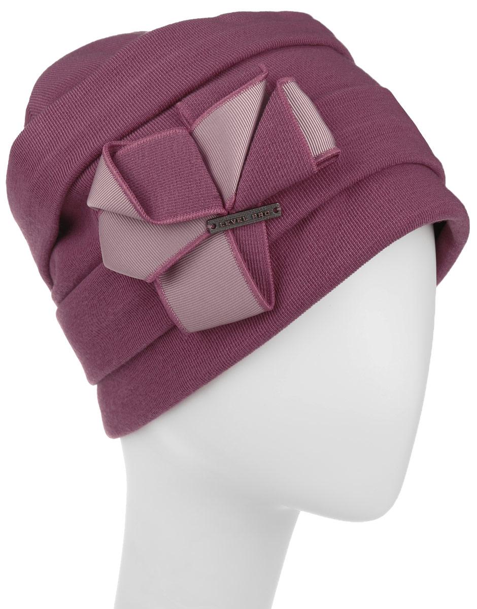 Шапка женская Level Pro, цвет: розово-бежевый. 994354. Размер 56/58994354Стильная женская шапка Level Pro дополнит ваш наряд и не позволит вам замерзнуть в холодное время года. Шапка наполовину выполнена из шерсти с добавлением полиэстера , что позволяет ей великолепно сохранять тепло и обеспечивает высокую эластичность и удобство посадки. Внутренняя сторона модели флисовая. Изделие оформлено оригинальными тканевыми прострочками и принтом цветочка. Дополнена модель металлической пластиной с названием бренда. Такая шапка составит идеальный комплект с модной верхней одеждой, в ней вам будет уютно и тепло. Уважаемые клиенты! Обращаем ваше внимание на тот факт, что размер шапки, доступный для заказа, является окружностью головы.
