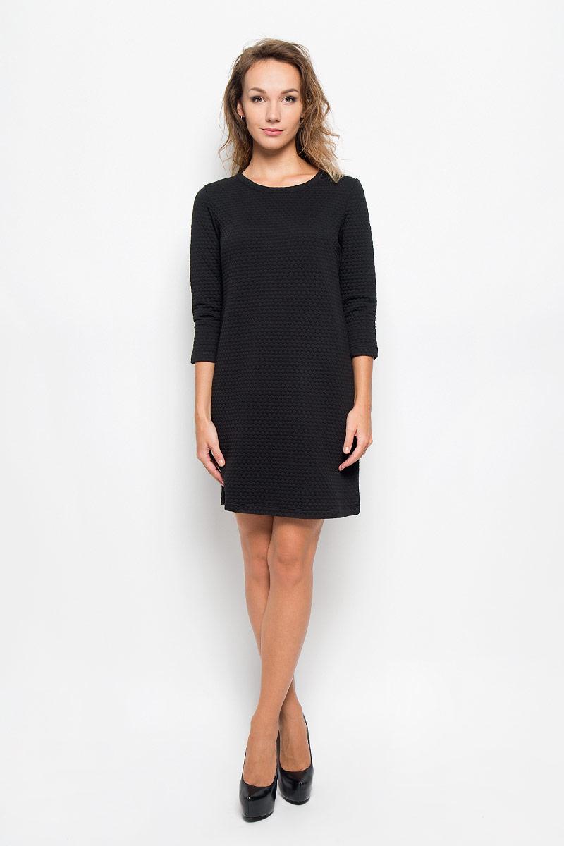 Платье Sela Casual, цвет: черный. DK-117/1079-6342. Размер L (48)DK-117/1079-6342Элегантное платье Sela Casual выполнено из высококачественного плотного трикотажа. Такое платье обеспечит вам комфорт и удобство при носке и непременно вызовет восхищение у окружающих.Модель длины мини с рукавами 3/4 и круглым вырезом горловины выгодно подчеркнет все достоинства вашей фигуры. Изысканное платье создаст обворожительный и неповторимый образ.Это модное и комфортное платье станет превосходным дополнением к вашему гардеробу, оно подарит вам удобство и поможет подчеркнуть ваш вкус и неповторимый стиль.