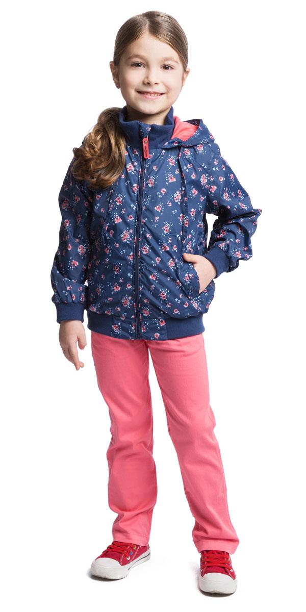 Брюки для девочки PlayToday, цвет: розовый. 162102. Размер 122, 7 лет162102Удобные брюки для девочки PlayToday идеально подойдут вашей маленькой моднице. Изготовленные из эластичного хлопка, они мягкие и приятные на ощупь, не сковывают движения, сохраняют тепло и позволяют коже дышать, обеспечивая наибольший комфорт. Брюки застегиваются на пуговицу на поясе, также имеется ширинка на застежке-молнии и шлевки для ремня. Объем пояса регулируется при помощи эластичной резинки с пуговицей изнутри. Спереди модель дополнена двумя втачными карманами, а сзади - двумя накладными карманами.Практичные и стильные брюки идеально подойдут вашей малышке, а модная расцветка и высококачественный материал позволят ей комфортно чувствовать себя в течение дня!