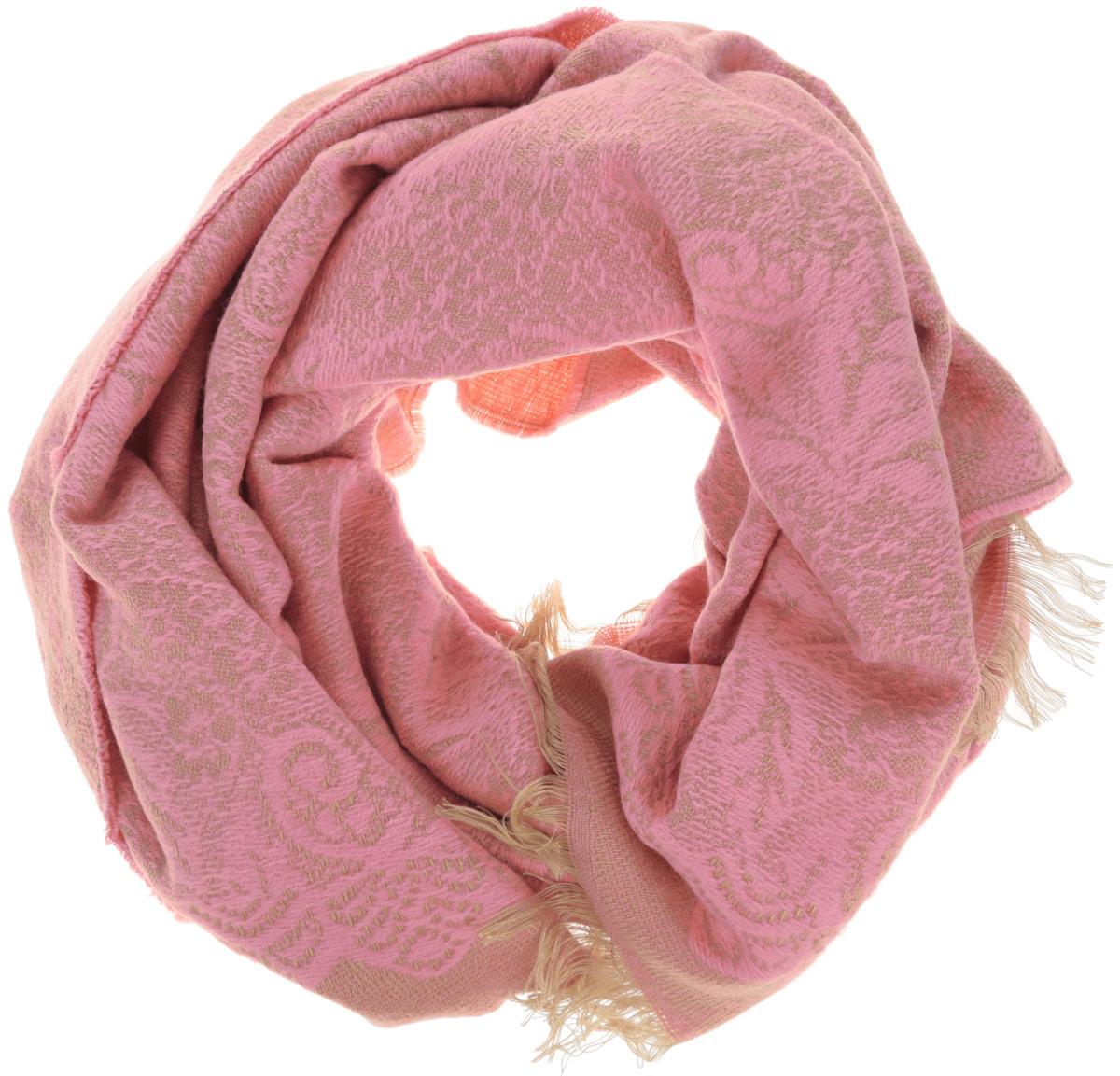 Палантин женский Sela, цвет: розовый. SCw-142/464-6404. Размер 182 см x 67 смSCw-142/464-6404Элегантный палантин, выполненный из акрила с добавлением полиэстера, создан подчеркивать роскошную неоднозначность вашего образа. Палантин по краям декорирован бахромой. Этот модный аксессуар женского гардероба гармонично дополнит образ современной женщины, следящей за своим имиджем и стремящейся всегда оставаться стильной и элегантной. В этом палантине вы всегда будете выглядеть женственной и привлекательной.