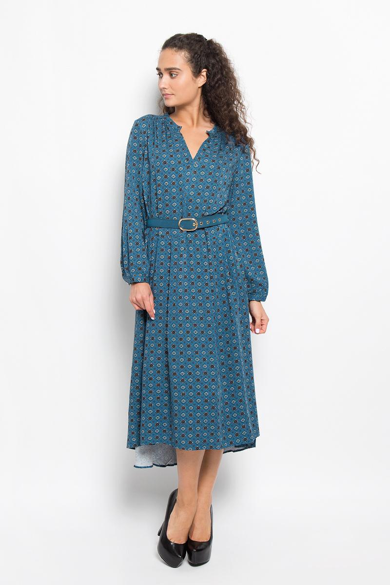 Платье Baon, цвет: серо-синий. B402. Размер S (44)B402_NIGHT COAST PRINTEDЭлегантное платье Baon выполнено из 100% вискозы. Такое платье обеспечит вам комфорт и удобство при носке и непременно вызовет восхищение у окружающих.Платье-миди с длинными рукавами и V-образным вырезом горловины. Низ рукавов обработан манжетами на пуговицах. Юбка изделия немного удлинена и дополнена мягкими складками. Платье оформлено оригинальным орнаментом. Модель дополнена поясом. Изысканное платье-миди создаст обворожительный и неповторимый образ.Это модное и комфортное платье станет превосходным дополнением к вашему гардеробу, оно подарит вам удобство и поможет подчеркнуть ваш вкус и неповторимый стиль.