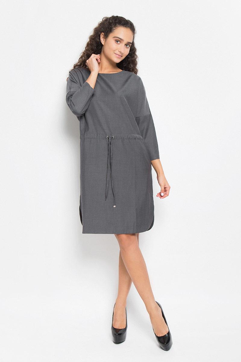 Платье Baon, цвет: серый. B442. Размер M (46)B442_MARENGO MELANGEЭлегантное платье Baon выполнено из полиэстера и вискозы. Такое платье обеспечит вам комфорт и удобство при носке и непременно вызовет восхищение у окружающих.Платье-миди с круглым вырезом горловины и рукавами-кимоно ? застегивается сзади на застежку-молнию. Линия талии дополнена шнурком-кулиской, а в боковых швах обработаны небольшие разрезы. Изысканное платье-миди создаст обворожительный и неповторимый образ.Это модное и комфортное платье станет превосходным дополнением к вашему гардеробу, оно подарит вам удобство и поможет подчеркнуть ваш вкус и неповторимый стиль.