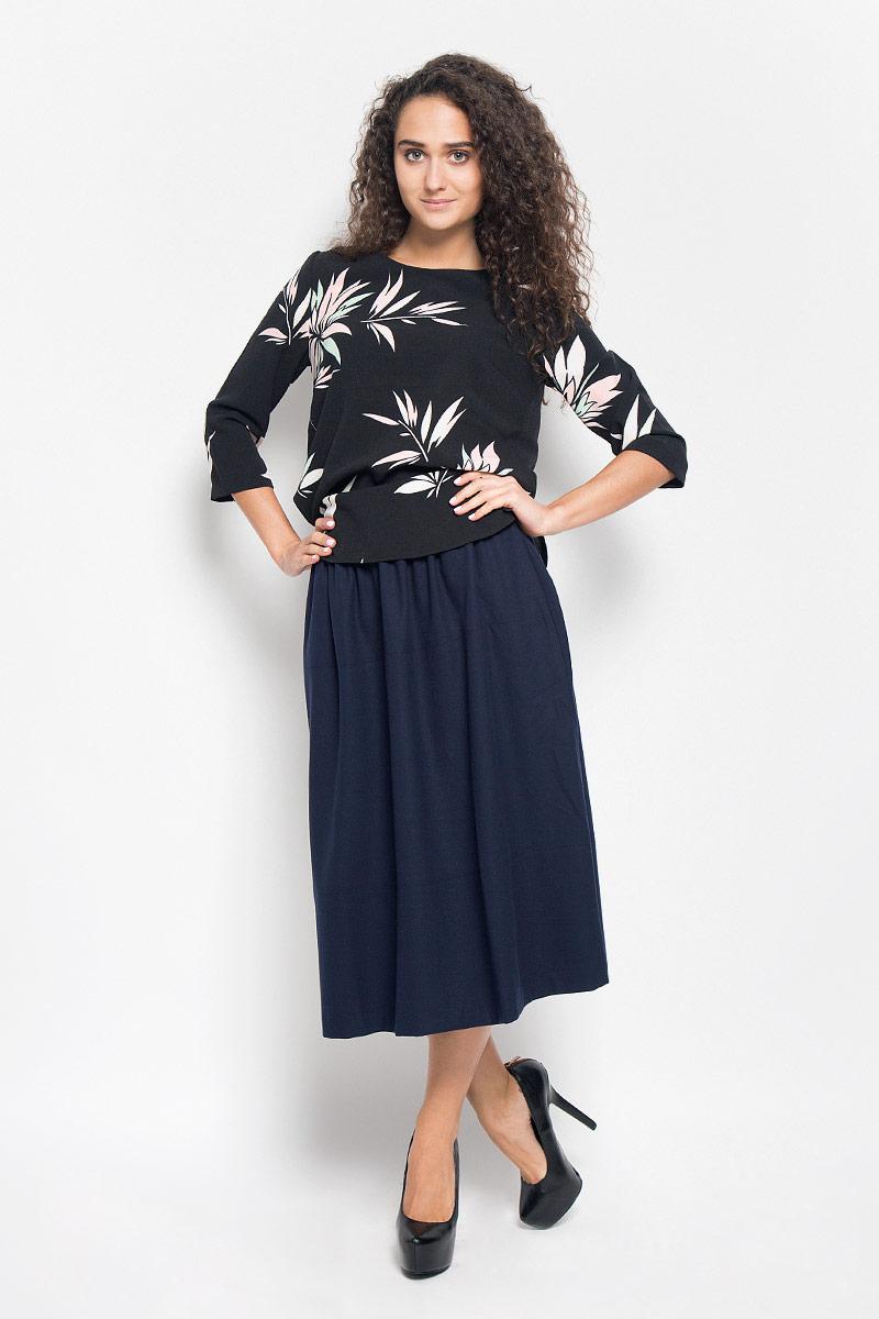 Блузка женская Baon, цвет: черный. B176522. Размер XL (50)B176522_BLACK PRINTEDСтильная женская блуза Baon, выполненная из полиэстера с добавлением эластана, подчеркнет ваш уникальный стиль и поможет создать оригинальный женственный образ.Модная блузка с круглым вырезом горловины и рукавами 3/4 застегивается на металлическую молнию, расположенную на спинке. Спинка немного удлинена. Модель оформлена оригинальным принтом.Такая блузка будет дарить вам комфорт в течение всего дня и послужит замечательным дополнением к вашему гардеробу.