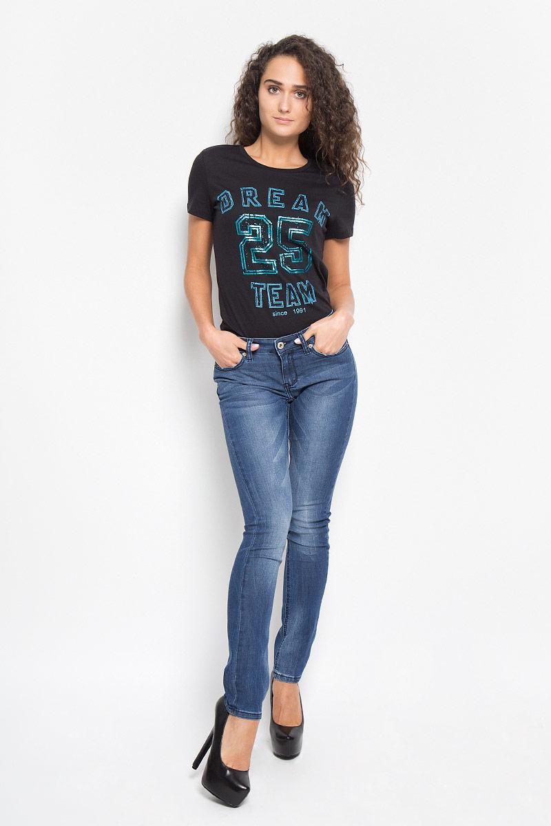 Джинсы женские Sela Denim, цвет: синий. PJ-135/580-6352. Размер 25-32 (40-32)PJ-135/580-6352Стильные женские джинсы Sela Denim, выполненные из хлопка и полиэстера с добавлением вискозы и эластана, позволят вам создать неповторимый, запоминающийся образ. Джинсы-скинни со средней посадкой застегиваются на пуговицу в поясе и ширинку на застежке-молнии. Модель имеет шлевки для ремня. Джинсы имеют классический пятикарманный крой: спереди модель оформлена двумя втачными карманами и одним маленьким накладным кармашком, а сзади - двумя накладными карманами. Модель оформлена перманентными складками и эффектом потертости. Эти модные джинсы послужат отличным дополнением к вашему гардеробу. В них вы всегда будете чувствовать себя уверенно и удобно.