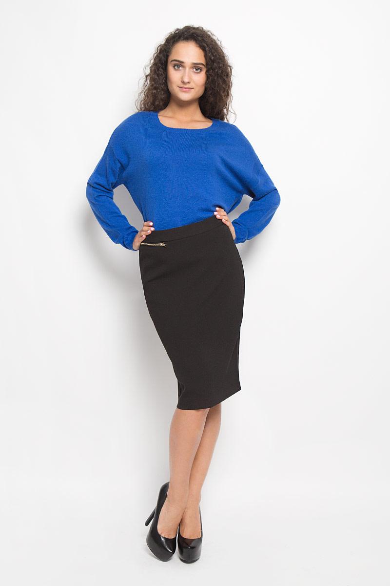 Юбка Baon, цвет: черный. B476514. Размер L (48)B476514_BLACKЭффектная юбка Baon, выполненная из полиэстера с добавлением эластана, обеспечит вам комфорт и удобство при носке. Юбка-карандаш средней длины застегивается сзади на скрытую застежку-молнию. Тыльная сторона модели дополнена скрытой застежкой-молнией. Спереди расположен прорезной карман на застежке-молнии.Модная юбка-карандаш выгодно освежит и разнообразит ваш гардероб. Создайте женственный образ и подчеркните свою яркую индивидуальность! Классический фасон и оригинальное оформление этой юбки сделают ваш образ непревзойденным.