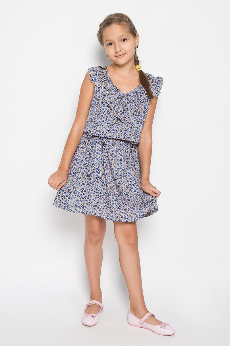 Платье для девочки Finn Flare Kids, цвет: песочный. KS16-71012J. Размер 134, 8-9 летKS16-71012JЛегкое и красивое платье для девочки Finn Flare Kids станет отличным дополнением к гардеробу маленькой модницы. Изготовленное из высококачественной вискозы, оно мягкое и приятное на ощупь, не сковывает движения и хорошо пропускает воздух. Платье с V-образным вырезом горловины дополнено стильным струящимся кантиком. На модели завязывается пояс, а на талии платье удерживается с помощью вшитой резинки. Изделие оформлено ярким цветочным принтом.В таком платье маленькая принцесса всегда будет в центре внимания!