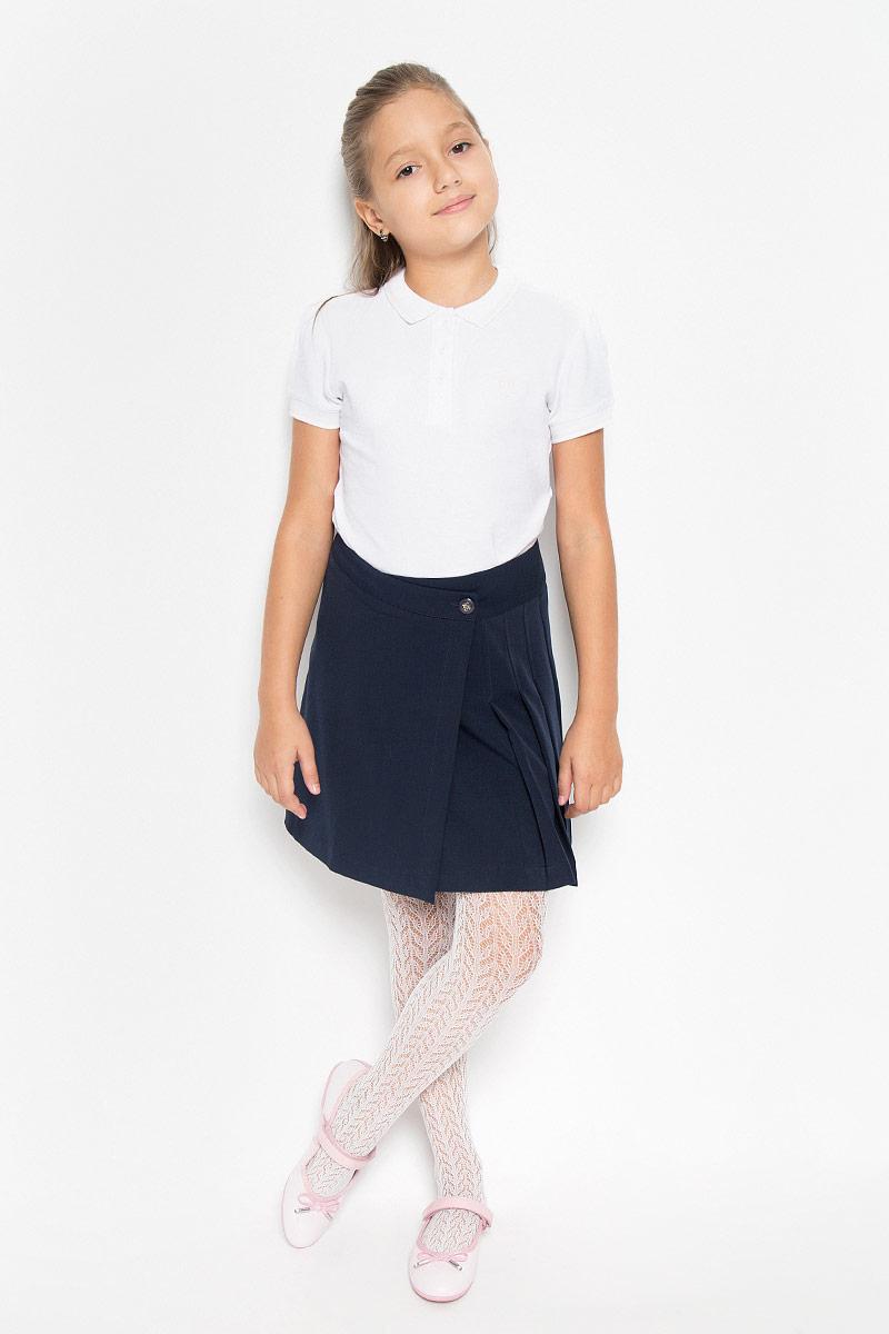 Юбка для девочки Nota Bene, цвет: темно-синий. CWA26003A. Рост 134CWA26003A/CWA26003BСтильная юбка для девочки Nota Bene идеально подойдет для школы и повседневной носки. Изготовленная из высококачественного материала, она необычайно мягкая и приятная на ощупь, не сковывает движения и позволяет коже дышать, не раздражает даже самую нежную и чувствительную кожу ребенка, обеспечивая наибольший комфорт. Юбка с запахом застегивается на две пуговицы, вторая пуговица потайная. Размер модели в поясе регулируется вшитой резинкой. Классический фасон юбки дополнен складками с одной стороны.Такая юбка - незаменимая вещь для школьной формы, отлично сочетается с блузками и пиджаками.