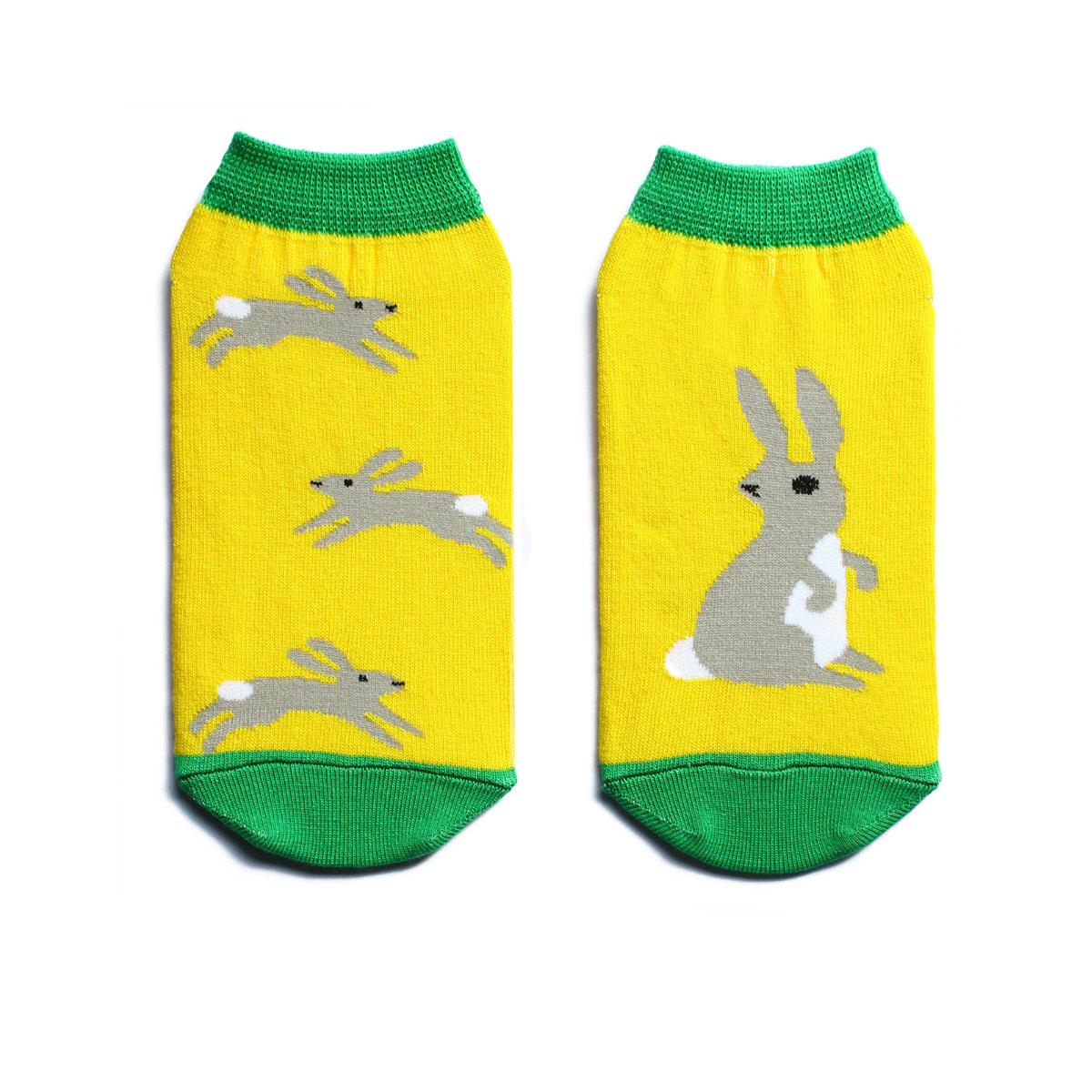 Носки мужские Big Bang Socks, цвет: желтый. n232. Размер 40-44n232Яркие носки Big Bang Socks изготовлены из высококачественного хлопка с добавлением полиамида и эластана, которые обеспечивают отличную посадку. Модель с укороченным паголенком оформлена оригинальным принтом с изображением зайцев. Широкая резинка плотно облегает ногу и обеспечивает удобство, не сдавливая ее.