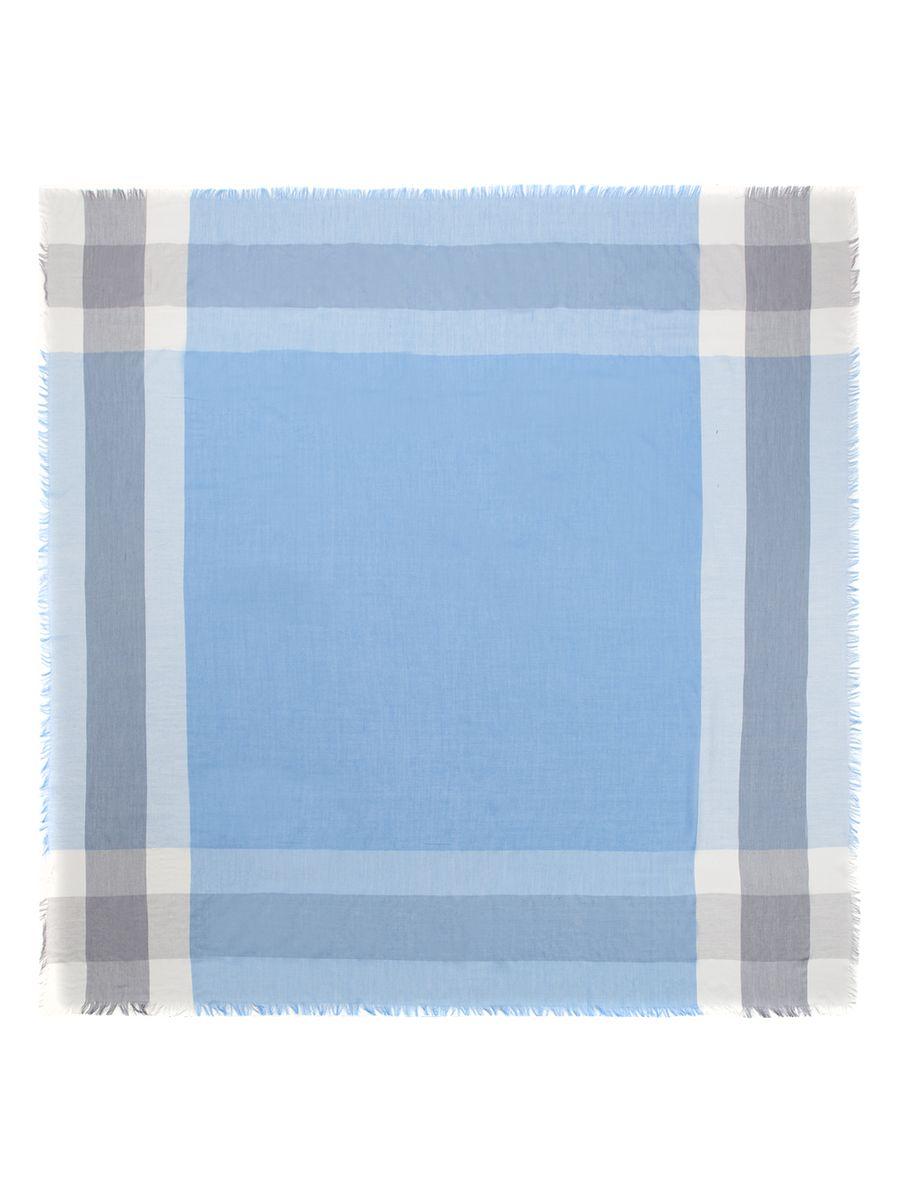 Платок женский Eleganzza, цвет: голубой, светло-серый, белый. SC60-2923. Размер 140 см х 140 смSC60-2923Женский платок Eleganzza, изготовленный из сои с добавлением шерсти, мягкий и приятный на ощупь.Изделие оформлено оригинальным принтом. Края модели оформлены бахромой.