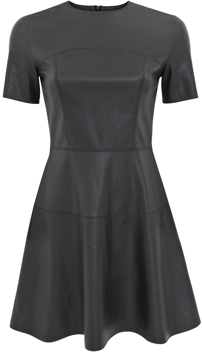 Платье oodji Ultra, цвет: черный. 11900211/43578/2900N. Размер 34 (40-170)11900211/43578/2900NСтильное женское платье выполнено из искусственной кожи. Модель А-силуэта с короткими рукавами и круглым вырезом горловины.