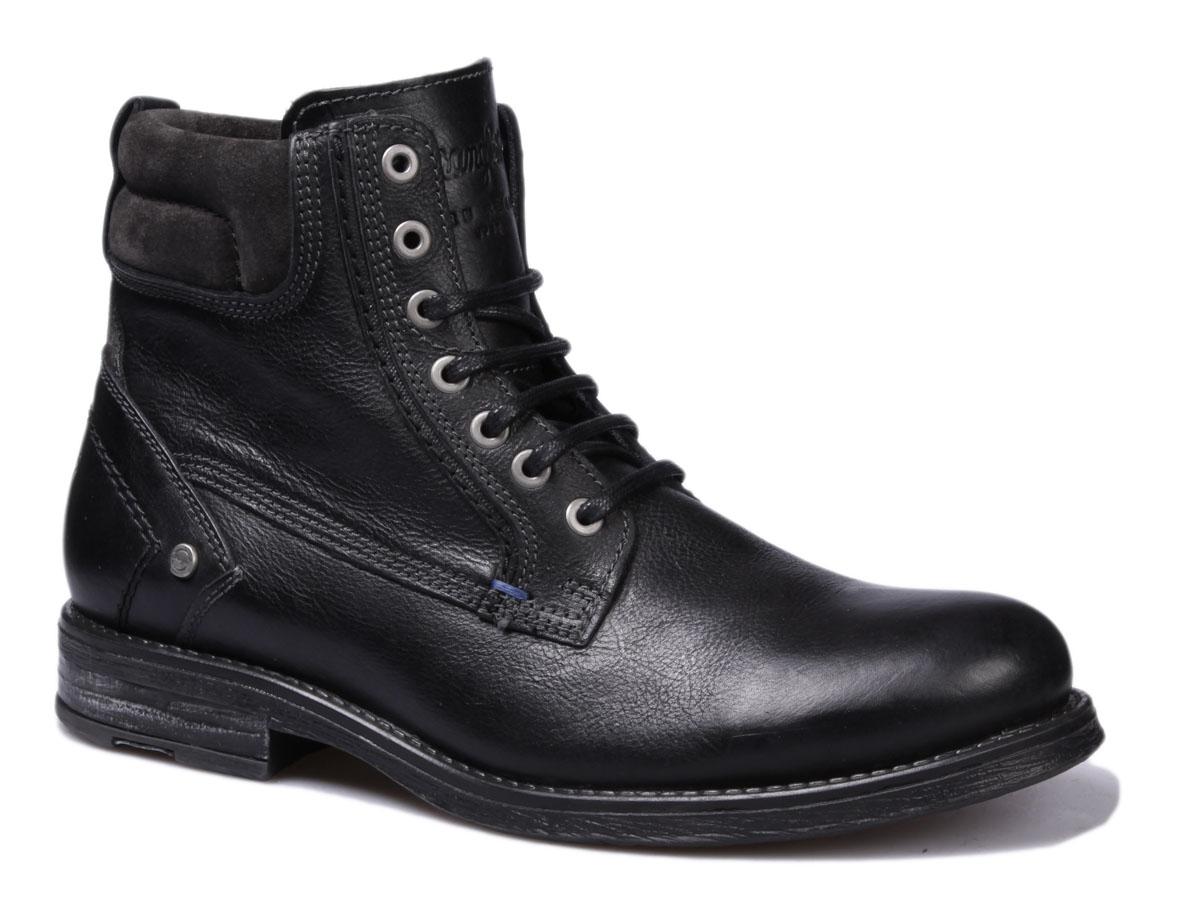 Ботинки мужские Wrangler Cliff, цвет: черный. WM162020-62. Размер 45WM162020-62Стильные мужские ботинки Cliff от Wrangler выполнены из натуральной кожи. Подкладка из текстиля комфортна при движении. Шнуровка надежно зафиксирует модель на ноге. Подошва дополнена рифлением.