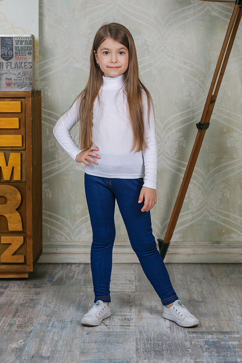 Водолазка для девочки Sweet Berry, цвет: белый. 205518. Размер 98205518Водолазка для девочки Sweet Berry изготовлена из хлопка с добавлением эластана. Высокий воротник надежно защищает от ветра. Базовая модель позволяет создавать стильные образы.