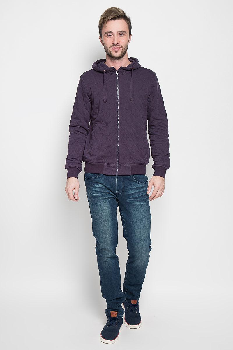 Толстовка мужская Sela Casual Wear, цвет: темно-фиолетовый. Stc-213/825-6332. Размер S (46)Stc-213/825-6332Утепленная мужская толстовка Sela Casual Wear, изготовленная из хлопка с добавлением полиэстера, необычайно мягкая и приятная на ощупь, не сковывает движения, обеспечивая наибольший комфорт.Толстовка с капюшоном на кулиске застегивается на застежку-молнию и спереди дополнена двумя врезными карманами. Толстовка имеет широкую трикотажную резинку по низу и манжетам, что предотвращает проникновение холодного воздуха. Эта модная и в тоже время комфортная толстовка отличный вариант, как для активного отдыха, так и для занятий спортом!