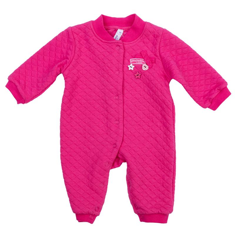 Комбинезон для девочки PlayToday Newborn, цвет: розовый. 368815. Размер 56368815Удобный комбинезон для девочки выполнен из натурального хлопка симитацией стежки и оформлен декоративными пуговицами и объемным бантиком. Комбинезон с небольшим воротничком-стойкой, длинными рукавами и открытыми ножками имеет застежки-кнопки спереди и по внутренней стороне ножек, которые помогают легко переодеть ребенка или сменить подгузник. Воротничок, манжеты рукавов и низ брючин выполнены из эластичной трикотажной резинки.