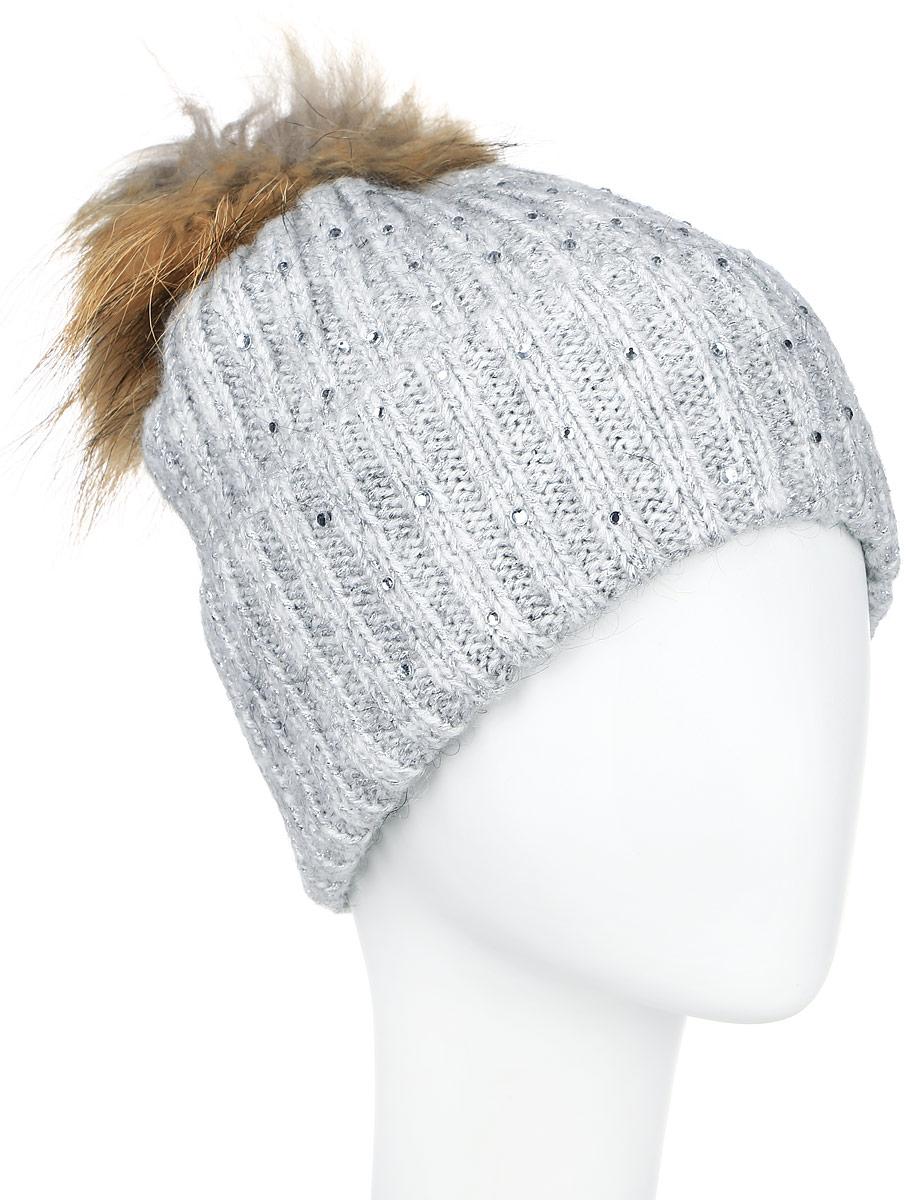 Шапка женская Finn Flare, цвет: светло-серый. A16-11162_211. Размер 56A16-11162_211Стильная женская шапка Finn Flare дополнит ваш наряд и не позволит вам замерзнуть в холодное время года. Шапка выполнена из высококачественной комбинированной пряжи, что позволяет ей великолепно сохранять тепло и обеспечивает высокую эластичность и удобство посадки.Модель оформлена стразами и дополнена пушистым помпоном из меха енота. Такая шапка станет модным и стильным дополнением вашего гардероба. Она согреет вас и позволит подчеркнуть свою индивидуальность!
