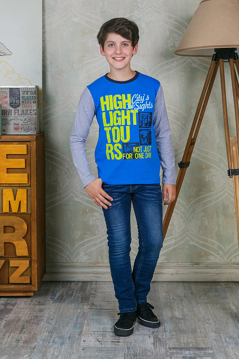 Лонгслив для мальчика Luminoso, цвет: синий. 206712. Размер 146206712Лонгслив для мальчика Luminoso выполнен из хлопка с добавлением эластана. Модель с круглым вырезом горловины и длинными рукавами оформлена оригинальным принтом.