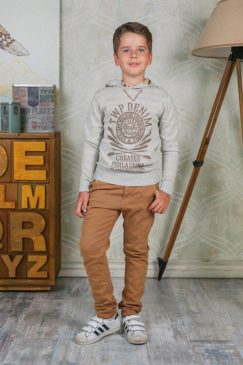 Брюки для мальчика Luminoso, цвет: светло-коричневый. 206736. Размер 158206736Стильные брюки для мальчика Luminoso прекрасно подойдут вашему ребенку и станут отличным дополнением к летнему гардеробу. Изготовленные из эластичного хлопка, они мягкие и приятные на ощупь, не сковывают движения и позволяют коже дышать. Брюки на поясе застегиваются на комбинированную застежку и имеют шлевки для ремня.В таких брюках ваш ребенок будет чувствовать себя комфортно, уютно и всегда будет в центре внимания!