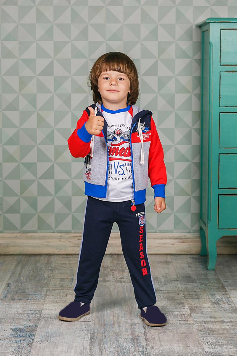 Спортивный костюм для мальчика Sweet Berry, цвет: красный, темно-синий. 206159. Размер 80206159Спортивный костюм для мальчика Sweet Berry состоит из толстовки и брюк. Костюм изготовлен из высококачественного материала. Толстовка с капюшоном и длинными рукавами застегивается на молнию, оформлена принтом и вышивками. Манжеты и низ модели выполнены из трикотажной резинки. Спортивные брюки прямого кроя в поясе имеют широкую эластичную резинку, регулируемую шнурком.