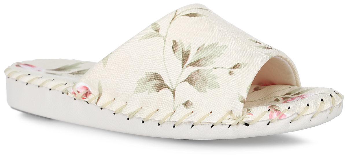 Тапки женские Pansy, цвет: молочный. HD9016. Размер 3L (40)HD9016_IvoryДомашняя обувьот Pansy - стандарт технологий комфорта из Японии:Mould - тапки Pansy проектируется и изготавливается по технологии современной модельной обуви: многослойная подошва и обувные материалы, обеспечивают функциональность модельной обуви при весе одного тапка от 100 до max 150 г . 3 Point - японская ортопедическая подошва снижает нагрузку на основные опорные точки, уменьшает разогрев стопы и поддерживает ее в оптимальном положении. Aerolite - технология фирмы Teijin Cordley Ltd. по изготовлению искусственной кожи с заранее заданными свойствами. Волокна аэрокапсульного волокна с включениями пузырьков воздуха выращивают с параметрами превышающие характеристики натуральной кожи по массе, гигроскопичности и износостойкости. Cool Max - сетка, используемая для быстрого отвода и испарения влаги, снижения температуры на особо нагруженных поверхностях по патенту фирмы Toray Inc. Zeomix - глубокая антибактериальная обработка ионами серебра по технологии Asahi Karuray на все время эксплуатации.Biosil - пропитка деодорантом Dow Jones Corning длительного действия эффективно нейтрализует запахи. Super Fine - грязеотталкивающее покрытие, обеспечивающее легкое удаление загрязнений влажной салфеткой. Функцию антискольжения - выполняют специальные нашивки на подошве.Тепло человеческих рук - используется при ручном соединении верхней стельки к подошве с помощью традиционной скорняжной техники. Модель оформлена цветочным принтом и вдоль ранта дополнена декоративным крупным швом. Такие тапки обеспечат комфорт и уют.
