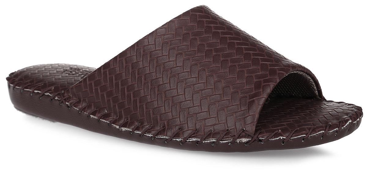 Тапки мужские Pansy, цвет: бордовый. FL1022. Размер 4L (44)FL1022_RedДомашняя обувьот Pansy - стандарт технологий комфорта из Японии:Mould - тапки Pansy проектируется и изготавливается по технологии современной модельной обуви: многослойная подошва и обувные материалы, обеспечивают функциональность модельной обуви при весе одного тапка от 100 до max 150 г . 3 Point - японская ортопедическая подошва снижает нагрузку на основные опорные точки, уменьшает разогрев стопы и поддерживает ее в оптимальном положении. Aerolite - технология фирмы Teijin Cordley Ltd. по изготовлению искусственной кожи с заранее заданными свойствами. Волокна аэрокапсульного волокна с включениями пузырьков воздуха выращивают с параметрами превышающие характеристики натуральной кожи по массе, гигроскопичности и износостойкости. Cool Max - сетка, используемая для быстрого отвода и испарения влаги, снижения температуры на особо нагруженных поверхностях по патенту фирмы Toray Inc. Zeomix - глубокая антибактериальная обработка ионами серебра по технологии Asahi Karuray на все время эксплуатации.Biosil - пропитка деодорантом Dow Jones Corning длительного действия эффективно нейтрализует запахи. Super Fine - грязеотталкивающее покрытие, обеспечивающее легкое удаление загрязнений влажной салфеткой. Функцию антискольжения - выполняют специальные нашивки на подошве.Тепло человеческих рук - используется при ручном соединении верхней стельки к подошве с помощью традиционной скорняжной техники.Модель выполнена из искусственной кожи и оформлена тиснением под плетение. Вдоль ранта модель оформлена внешним крупным швом. Такие тапки обеспечат комфорт и уют.