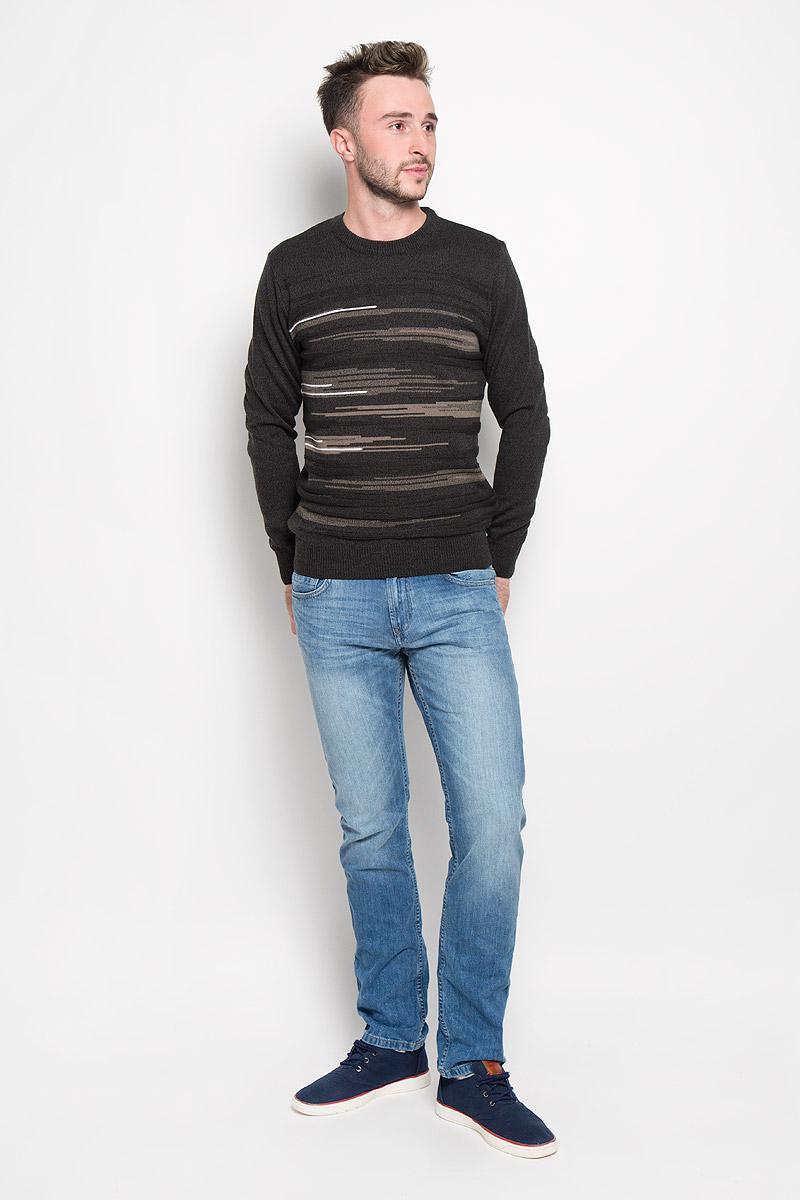Джемпер мужской Milana Style, цвет: темно-серый, коричневый. 1666. Размер 541666Стильный мужской джемпер Finn Flare, выполненный из высококачественного материала, необычайно мягкий и приятный на ощупь, не сковывает движения, обеспечивая наибольший комфорт. Модель с круглым вырезом горловины и длинными рукавами идеально гармонирует с любыми предметами одежды и будет уместен и на отдых, и на работу. Низ изделия, горловина и манжеты связаны широкой резинкой, что предотвращает деформацию при носке. Мягкий и уютный джемпер станет прекрасным дополнением вашего гардероба.