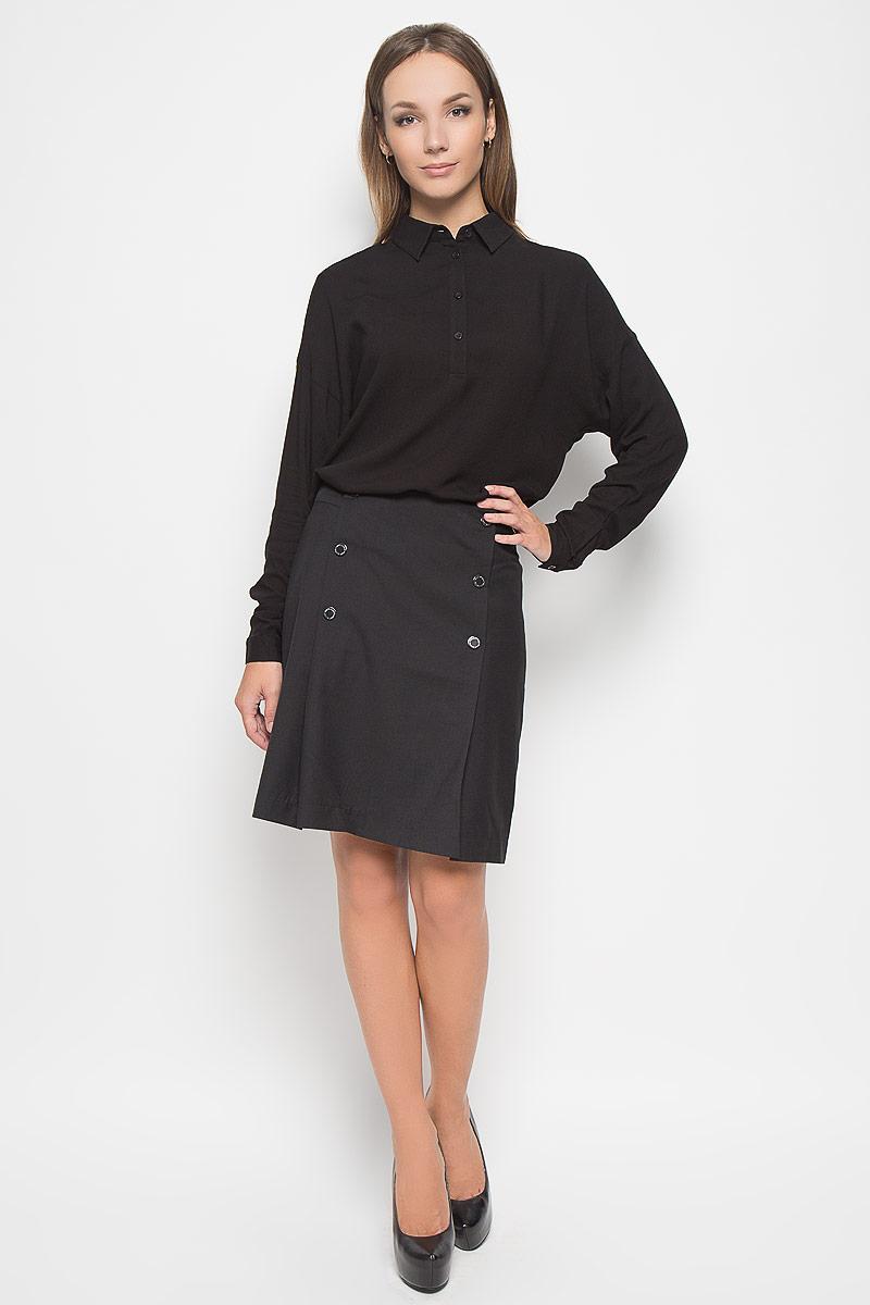 Юбка Finn Flare, цвет: черный. A16-170320_200. Размер L (48)A16-170320_200Эффектная юбка Finn Flare выполнена из полиэстера с добавлением вискозы и шерсти, она обеспечит вам комфорт и удобство при носке.Элегантная юбка средней длины застегивается на застежку-молнию на спинке. Модель оформлена декоративными металлическими пуговицами спереди.Модная юбка-миди выгодно освежит и разнообразит ваш гардероб. Создайте женственный образ и подчеркните свою яркую индивидуальность! Классический фасон и оригинальное оформление этой юбки сделают ваш образ непревзойденным.