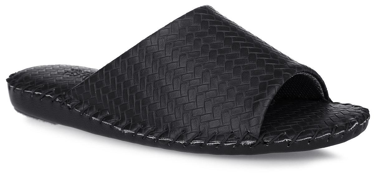 Тапки мужские Pansy, цвет: черный. FL1022. Размер 3L (43/44)FL1022_BlackДомашняя обувьот Pansy - стандарт технологий комфорта из Японии:Mould - тапки Pansy проектируется и изготавливается по технологии современной модельной обуви: многослойная подошва и обувные материалы, обеспечивают функциональность модельной обуви при весе одного тапка от 100 до max 150 г . 3 Point - японская ортопедическая подошва снижает нагрузку на основные опорные точки, уменьшает разогрев стопы и поддерживает ее в оптимальном положении. Aerolite - технология фирмы Teijin Cordley Ltd. по изготовлению искусственной кожи с заранее заданными свойствами. Волокна аэрокапсульного волокна с включениями пузырьков воздуха выращивают с параметрами превышающие характеристики натуральной кожи по массе, гигроскопичности и износостойкости. Cool Max - сетка, используемая для быстрого отвода и испарения влаги, снижения температуры на особо нагруженных поверхностях по патенту фирмы Toray Inc. Zeomix - глубокая антибактериальная обработка ионами серебра по технологии Asahi Karuray на все время эксплуатации.Biosil - пропитка деодорантом Dow Jones Corning длительного действия эффективно нейтрализует запахи. Super Fine - грязеотталкивающее покрытие, обеспечивающее легкое удаление загрязнений влажной салфеткой. Функцию антискольжения - выполняют специальные нашивки на подошве.Тепло человеческих рук - используется при ручном соединении верхней стельки к подошве с помощью традиционной скорняжной техники.Модель выполнена из искусственной кожи и оформлена тиснением под плетение. Вдоль ранта модель оформлена внешним крупным швом. Такие тапки обеспечат комфорт и уют.