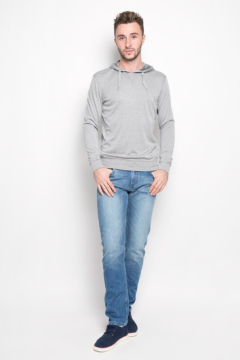 Толстовка мужская Finn Flare, цвет: серый. A16-42010_205. Размер S (46)A16-42010_205Мужская толстовка Finn Flare, изготовленная из высококачественного материала, необычайно мягкая и приятная на ощупь, не сковывает движения, обеспечивая наибольший комфорт. Толстовка с капюшоном на кулиске. Модель имеет широкую мягкую резинку по низу и длинные рукава с широкими эластичными манжетами, не стягивающими запястья. Эта модная и в тоже время комфортная толстовка отличный вариант, как для активного отдыха, так и для занятий спортом!