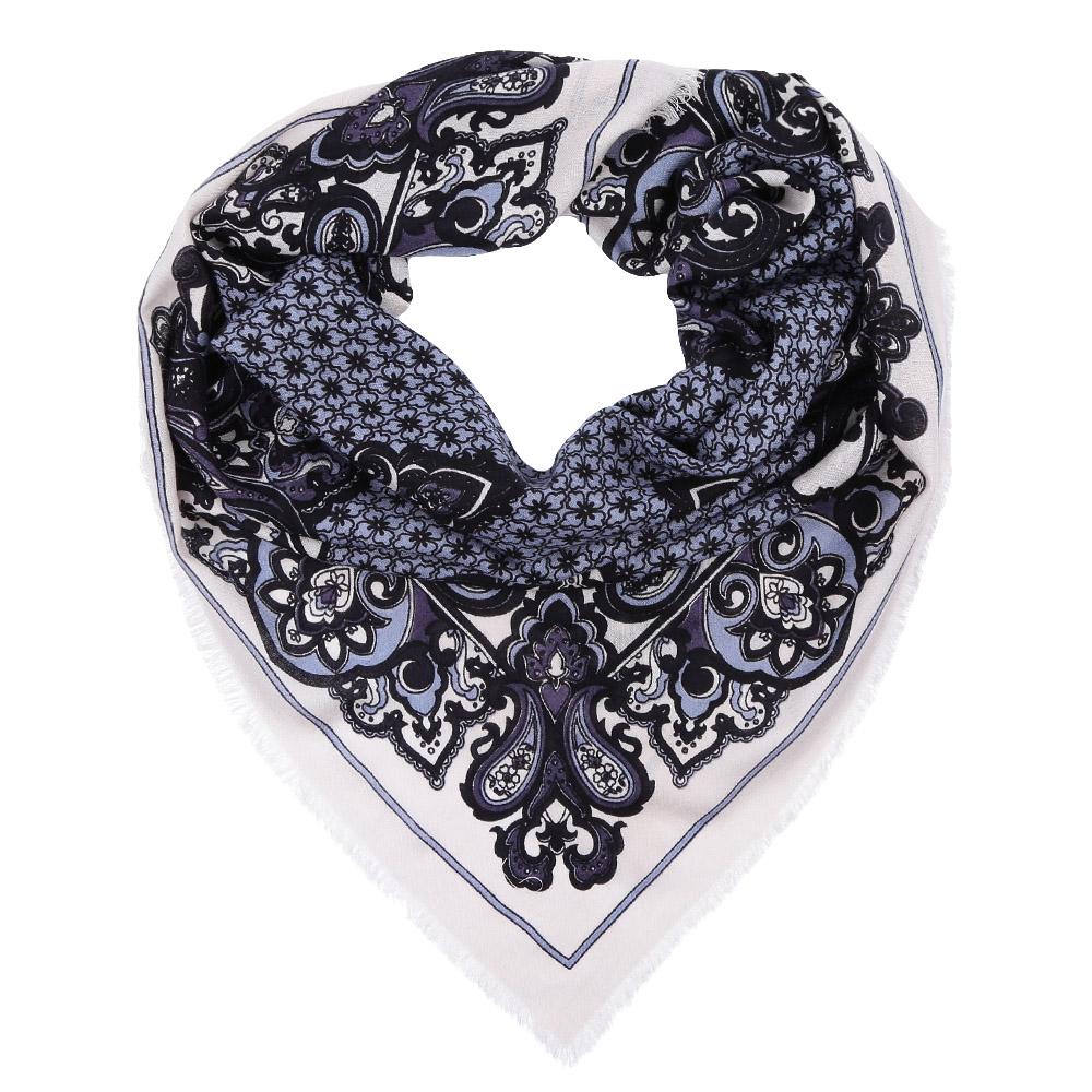 Платок Fabretti, цвет: серый, голубой. YNNT1518. Размер 91 см х 91 смYNNT1518-11Стильный платок станет прекрасным дополнением к вашему образу. Выполнен из высококачественного материала и оформлен оригинальным принтом.