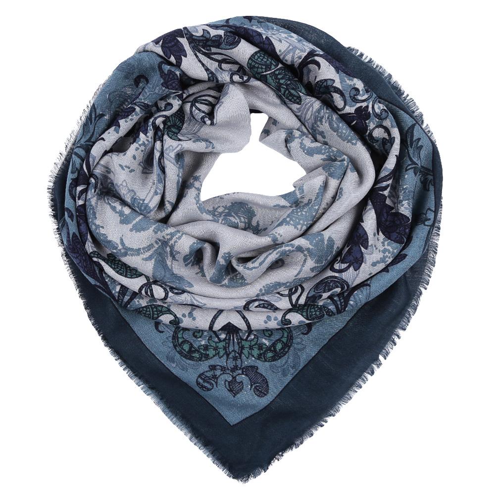Платок Leo Ventoni, цвет: голубой. YNNT1516. Размер 111 см х 111 смYNNT1516-12Стильный платок станет прекрасным дополнением к вашему образу. Выполнен из высококачественного материала и оформлен оригинальным принтом.