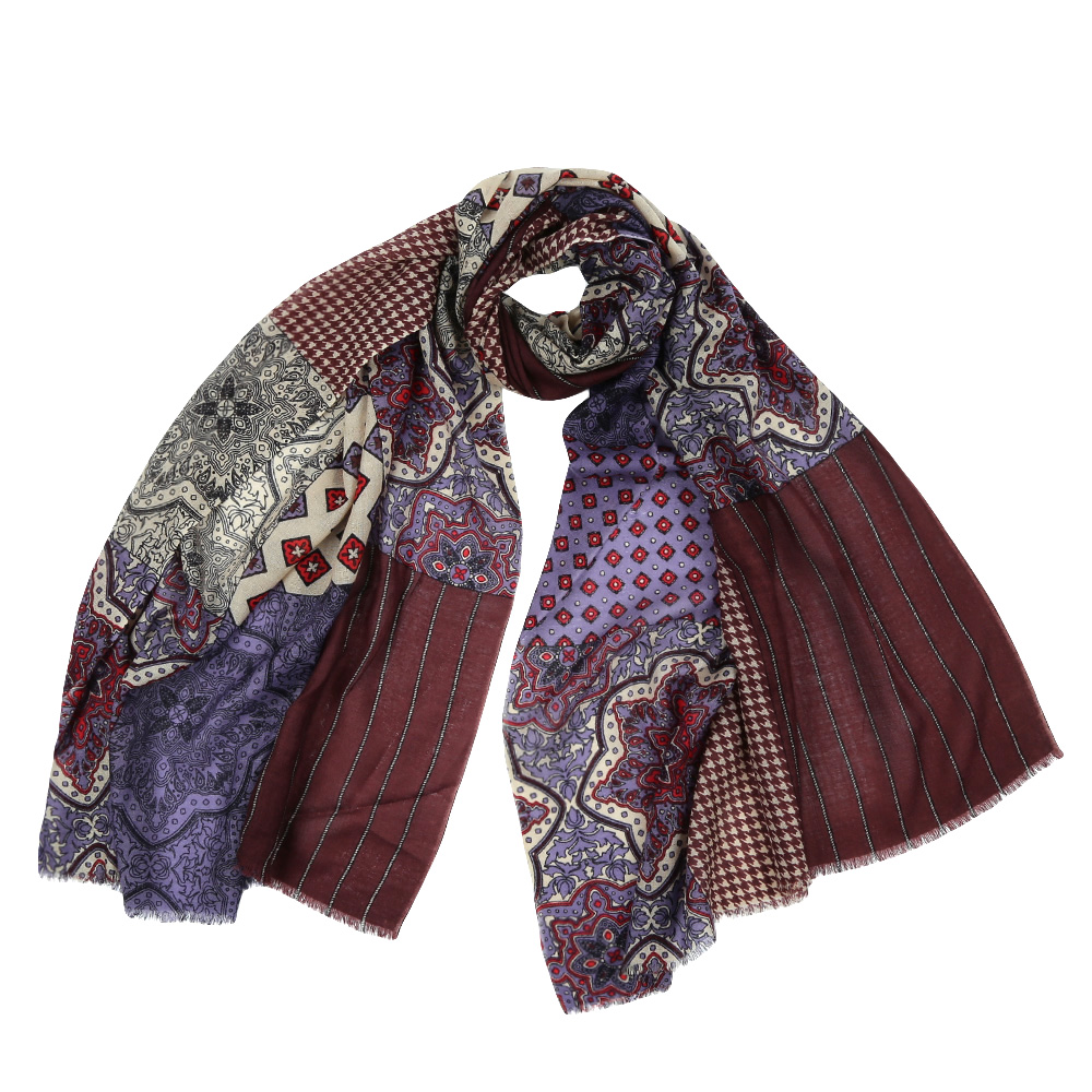Шарф женский Fabretti, цвет: коричневый. YNNT15246. Размер 70 см х 182 смYNNT15246-1Стильный шарф поможет внести живость в любой образ, подарит уют и согреет от холодного ветра. Выполнен из высококачественного материала и оформлен оригинальным принтом.