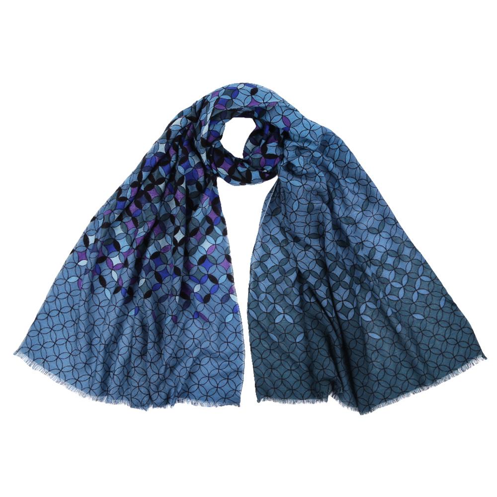 Шарф женский Fabretti, цвет: голубой. YNNT1519. Размер 70 см х 182 смYNNT1519-4Стильный шарф поможет внести живость в любой образ, подарит уют и согреет от холодного ветра. Выполнен из высококачественного материала и оформлен оригинальным принтом.
