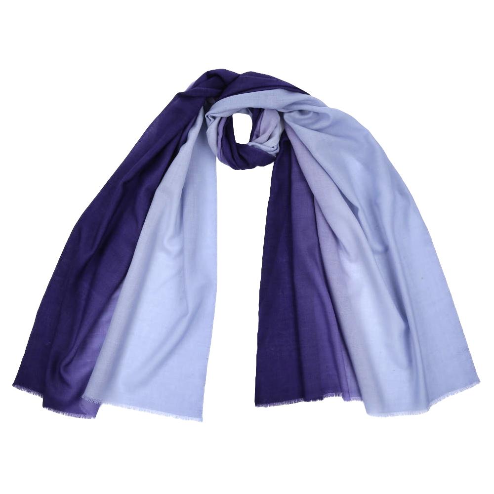 Шарф женский Fabretti, цвет: синий. KW002. Размер 70 см х 192 смKW002-14Стильный шарф поможет внести живость в любой образ, подарит уют и согреет от холодного ветра. Выполнен из высококачественного материала.