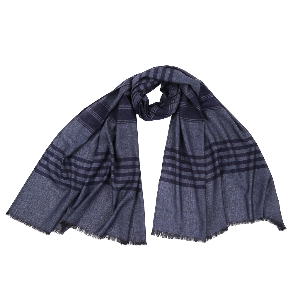 Шарф мужской Fabretti, цвет: серый, синий. JCJ64. Размер 70 см х 180 смJCJ64-1Стильный шарф поможет внести живость в любой образ, подарит уют и согреет от холодного ветра. Выполнен из высококачественного материала.