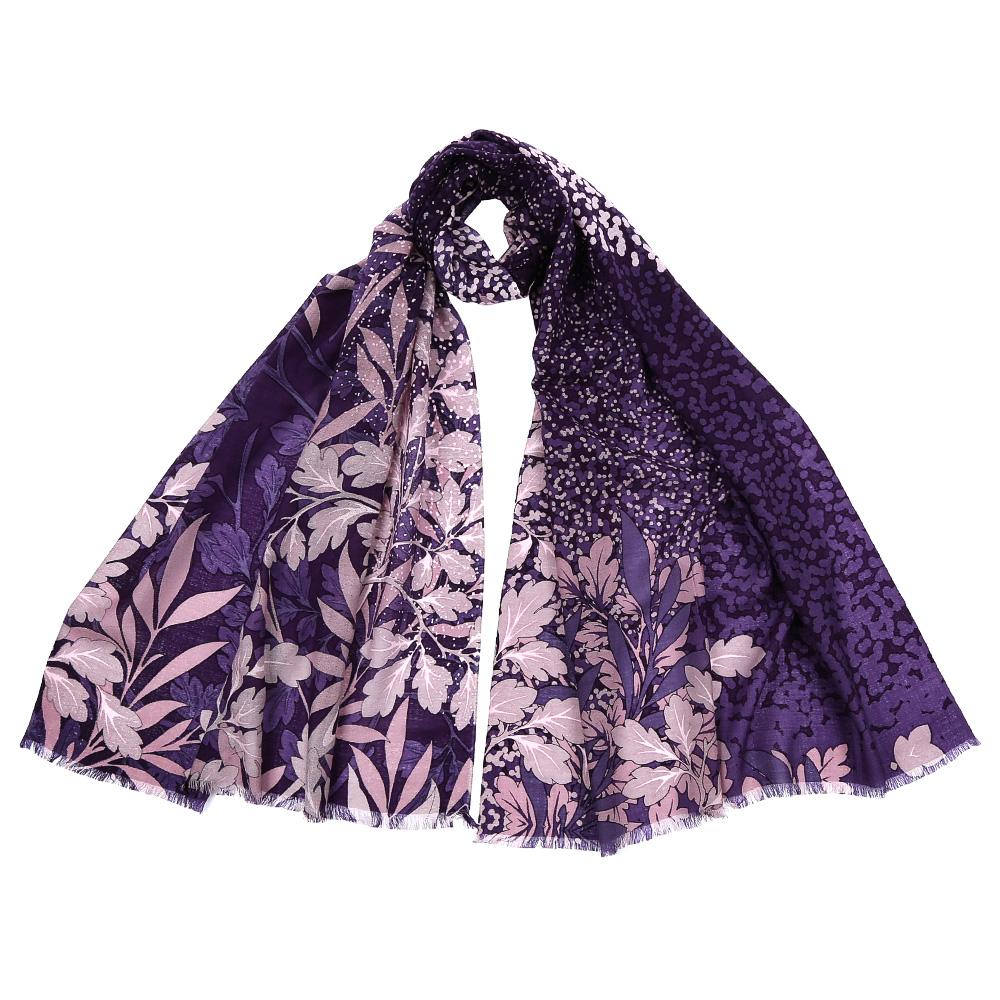 Шарф женский Fabretti, цвет: сиреневый. GL1602. Размер 70 см х 180 смGL1602-1Стильный шарф поможет внести живость в любой образ, подарит уют и согреет от холодного ветра. Выполнен из высококачественного материала и оформлен оригинальным принтом.