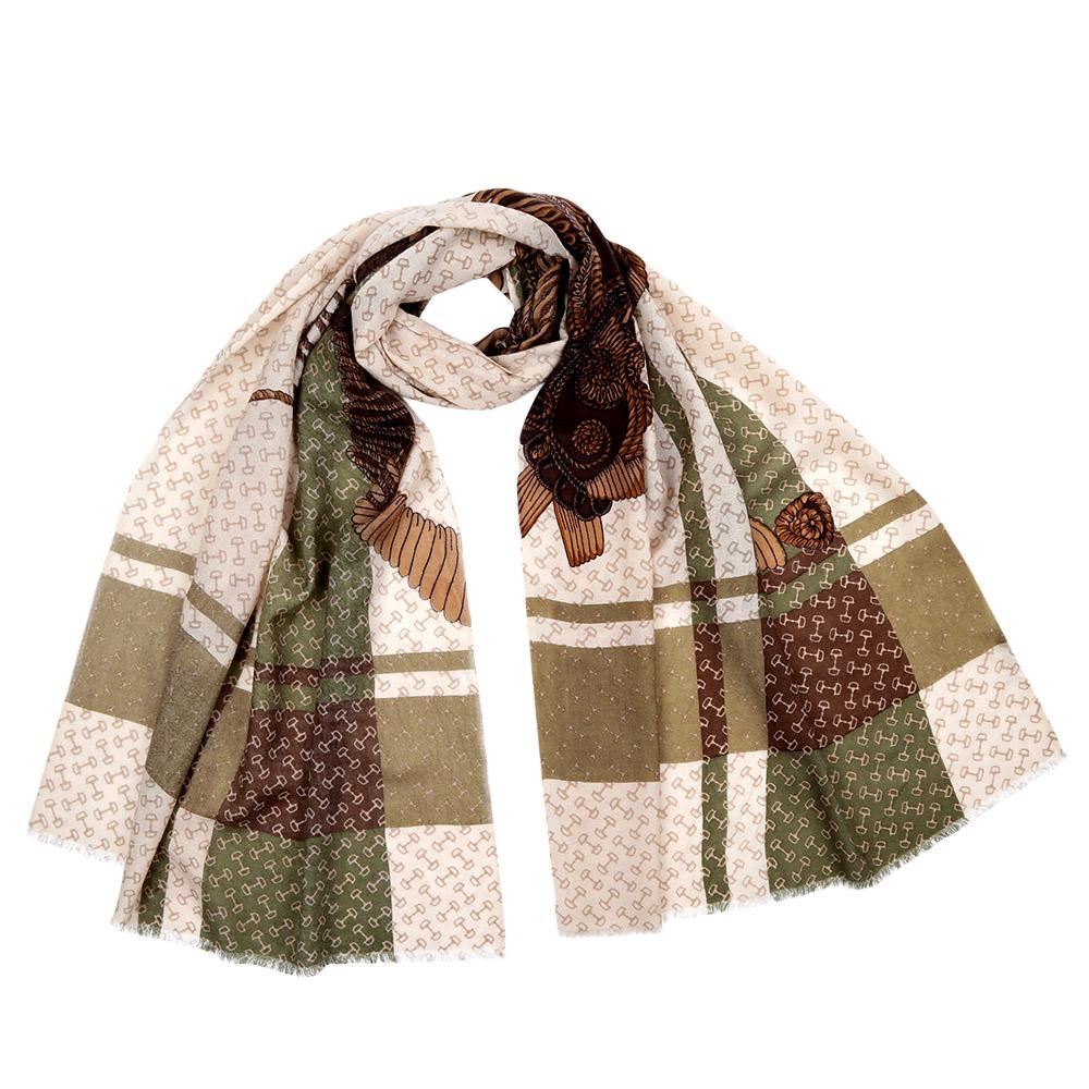 Шарф женский Fabretti, цвет: бежевый, молочный. FIL376. Размер 70 см х 188 смFIL376-11Стильный шарф поможет внести живость в любой образ, подарит уют и согреет от холодного ветра. Выполнен из высококачественного материала и оформлен оригинальным принтом.