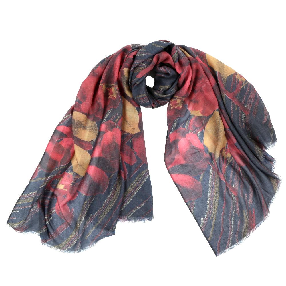 Шарф женский Fabretti, цвет: серый, красный. F1506. Размер 92 см х 190 смF1506-3Стильный шарф поможет внести живость в любой образ, подарит уют и согреет от холодного ветра. Выполнен из высококачественного материала и оформлен оригинальным принтом.