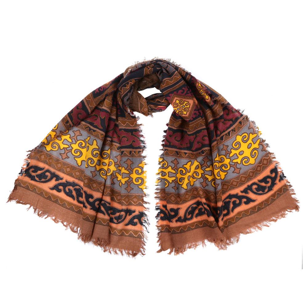 Шарф женский Fabretti, цвет: коричневый. 1008050. Размер 70 см х 180 см1008050-1Стильный шарф поможет внести живость в любой образ, подарит уют и согреет от холодного ветра. Выполнен из высококачественного материала и оформлен оригинальным принтом.