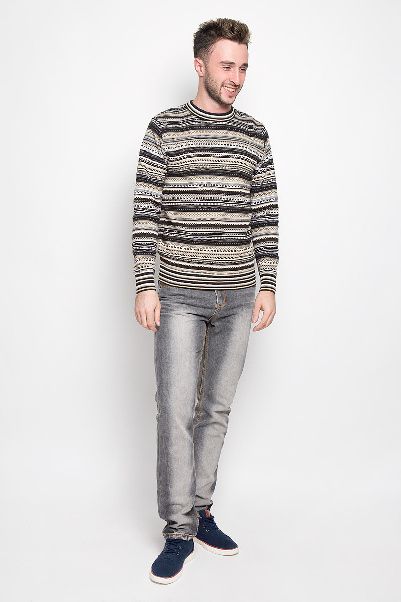 Джемпер мужской Milana Style, цвет: бежевый, коричневый, белый. 1480. Размер M (46)1480Стильный мужской джемпер Milana Style, выполненный из высококачественного материала, необычайно мягкий и приятный на ощупь, не сковывает движения, обеспечивая наибольший комфорт. Модель с круглым вырезом горловины и длинными рукавами идеально гармонирует с любыми предметами одежды и будет уместен и на отдых, и на работу. Низ изделия, горловина и манжеты связаны широкой резинкой, что предотвращает деформацию при носке. Мягкий и уютный джемпер станет прекрасным дополнением вашего гардероба.