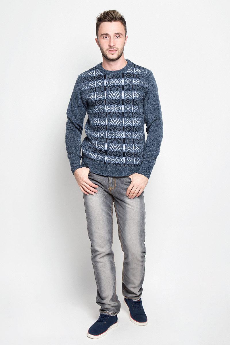 Джемпер мужской Milana Style, цвет: темно-синий, серый. 1609. Размер XXL (52)1609Вязаный мужской джемпер Milana Style изготовлен из мягкого и приятного на ощупь материала. Изделие не стесняет движений и хорошо сохраняет тепло.Модель с круглым вырезом горловины и длинными рукавами оформлена геометрическим узором. Манжеты и низ изделия связаны резинкой.Джемпер - идеальный вариант для создания образа в стиле Casual. Он подарит вам комфорт в течение всего дня!