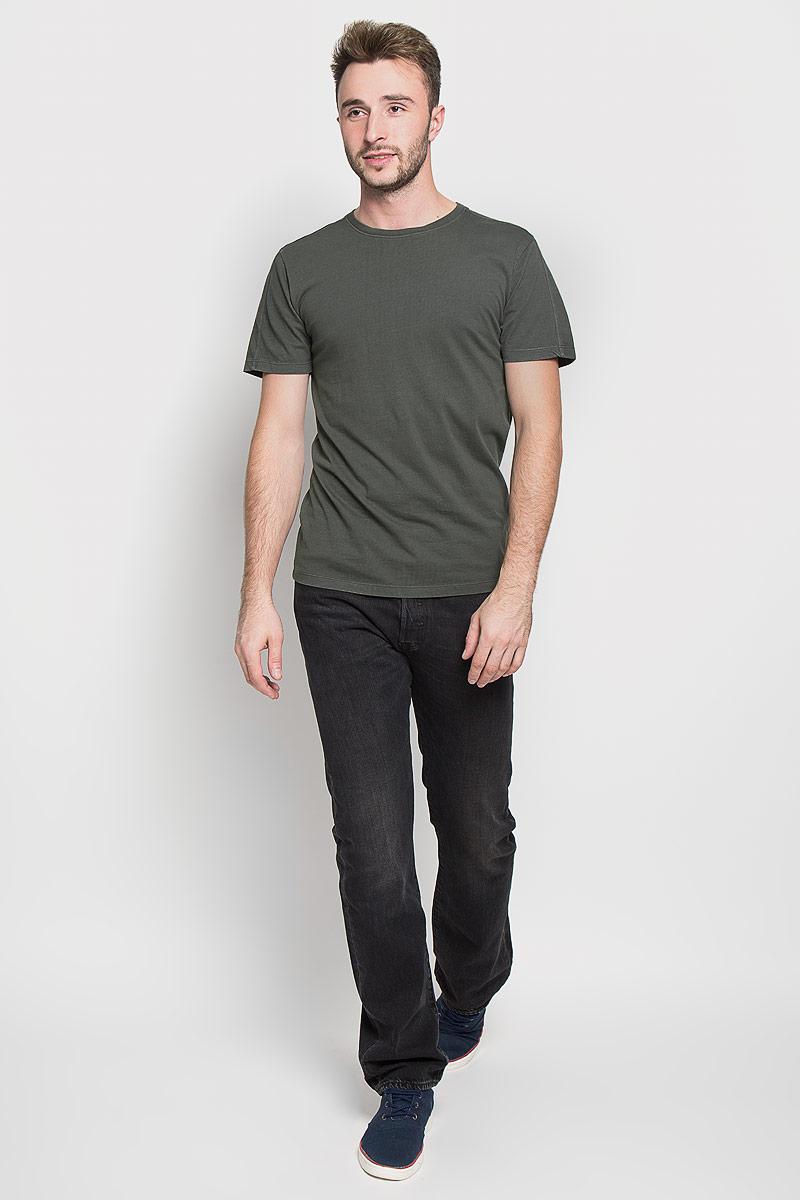 Футболка мужская Only & Sons, цвет: серо-зеленый. 22003963. Размер S (44)22003963_Forest NightОригинальная мужская футболка Only & Sons, выполненная из высококачественного хлопка, обладает высокой теплопроводностью, воздухопроницаемостью и гигроскопичностью, позволяет коже дышать. Модель с короткими рукавами и круглым вырезом горловины, оформлена в лаконичном стиле. Горловина дополнена эластичной трикотажной резинкой. Идеальный вариант для тех, кто ценит комфорт и качество.