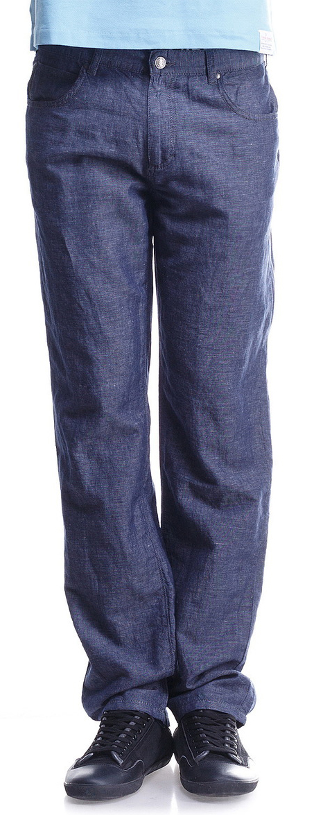 Брюки мужские Montana, цвет: серо-синий. 20054 RW Lt Blue. Размер 32-34 (48-34)20054 RW Lt BlueЛегкие и комфортные мужские брюки Montana выполнены из льна с добавлением хлопка. Модель прямого кроя по поясу застегивается на пуговицу и имеет ширинку на застежке-молнии. На поясе предусмотрены шлевки для ремня. Спереди расположено два втачных кармана и маленький накладной, а сзади - два больших накладных кармана. Брюки оформлены фирменной нашивкой.