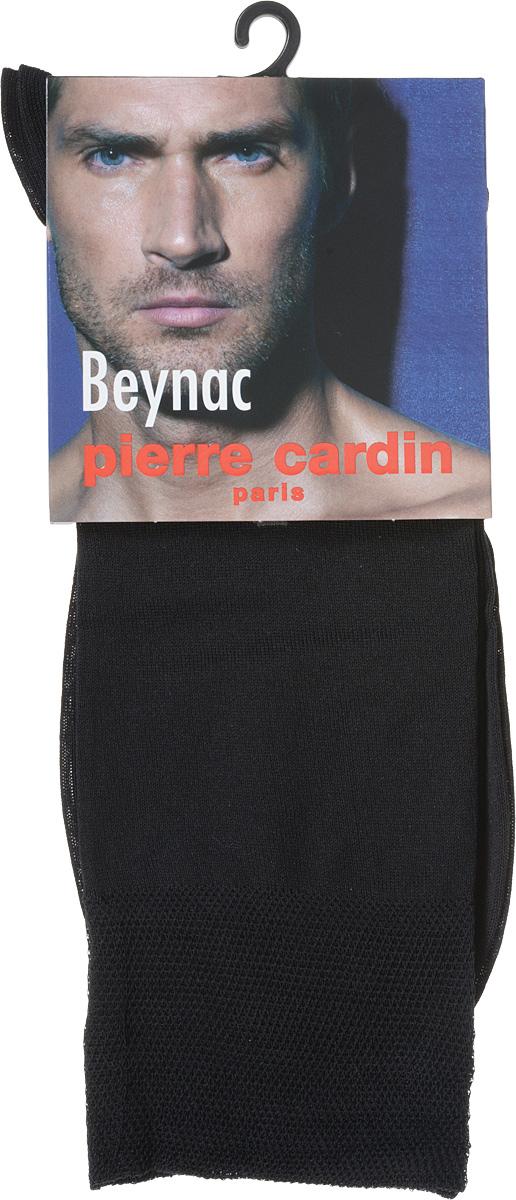 Носки мужские Pierre Cardin Beynac, цвет: черный. Размер 3 (41/42)Cr BeynacКлассические мужские носки Pierre Cardin изготовлены из высококачественного хлопка с добавлением эластана, что обеспечивает комфортную посадку. Модель выполнена в элегантном однотонном дизайне, паголенок декорирован изображением логотипа бренда. Благодаря использованию тончайших волокон мерсеризированного хлопка, кожа в таких носках дышит. Двойная, широкая, эластичная резинка идеально облегает ногу и не пережимает сосуды.