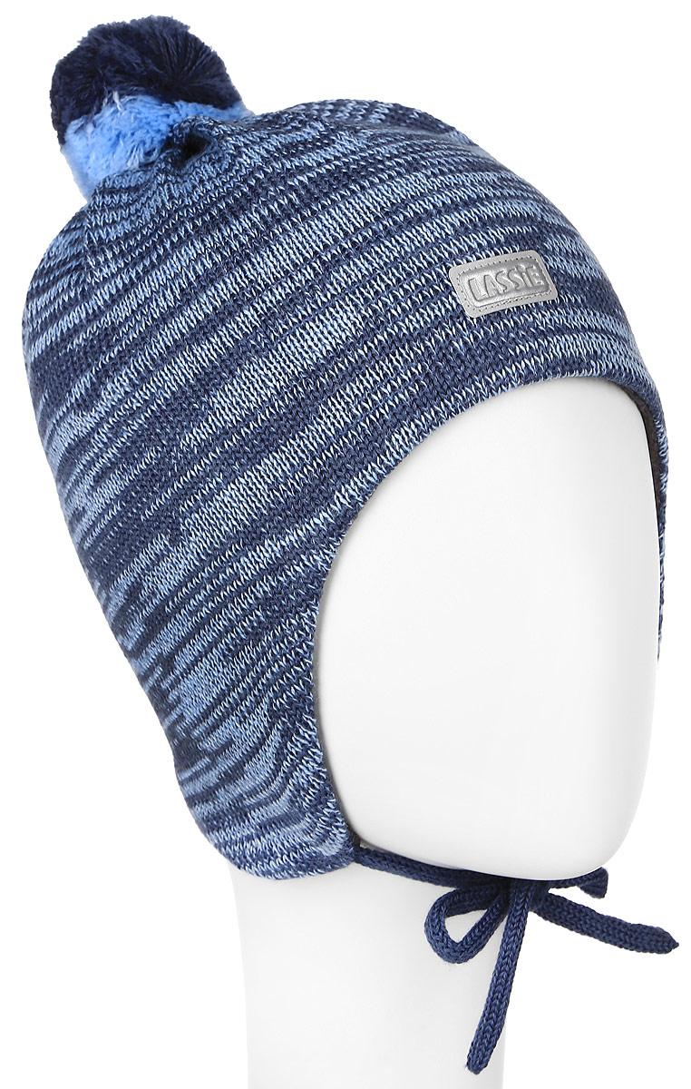 Шапка детская Lassie, цвет: темно-синий, голубой. 718693-6740. Размер S (46/48)718693-6740Комфортная детская шапка Reima Lassie идеально подойдет для прогулок в холодное время года. Вязаная шапка с ветрозащитными вставками в области ушей, выполненная из шерсти и акрила, максимально сохраняет тепло, она мягкая и идеально прилегает к голове. Мягкая подкладка выполнена из флиса, поэтому шапка хорошо сохраняет тепло и обладает отличной гигроскопичностью (не впитывает влагу, но проводит ее).Шапка завязывается на завязки под подбородком и оформлена помпоном и небольшой светоотражающей нашивкой с названием бренда.В ней ваш ребенок будет чувствовать себя уютно и комфортно. Уважаемые клиенты!Размер, доступный для заказа, является обхватом головы.