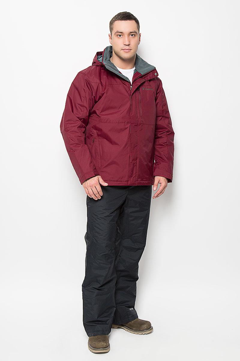 Куртка мужская Columbia Taiga Summit Jacket, цвет: бордовый. 1558001-638. Размер L (48/50)1558001-638Отличная мужская куртка Columbia Taiga Summit Jacket, выполненная из нейлона, незаменимая вещь в прохладную погоду. Изделие дополнено подкладкой из нейлона и утеплителем из полиэстера. Модель с воротником-стойкой и длинными рукавами застегивается на застежку-молнию и ветрозащитную планку на липучках и кнопках. Объем рукавов по низу регулируется за счет хлястиков на липучке. Изделие дополнено съемным капюшоном со шнурком-кулиской. Низ изделия дополнен скрытым шнурком-кулиской. Спереди куртка оформлена тремя карманами на застежках-молниях. С внутренней стороны изделия расположен один прорезной карман на застежке-молнии. На груди модель дополнена вышитым логотипом бренда. Эта потрясающая куртка послужит отличным дополнением к вашему гардеробу!