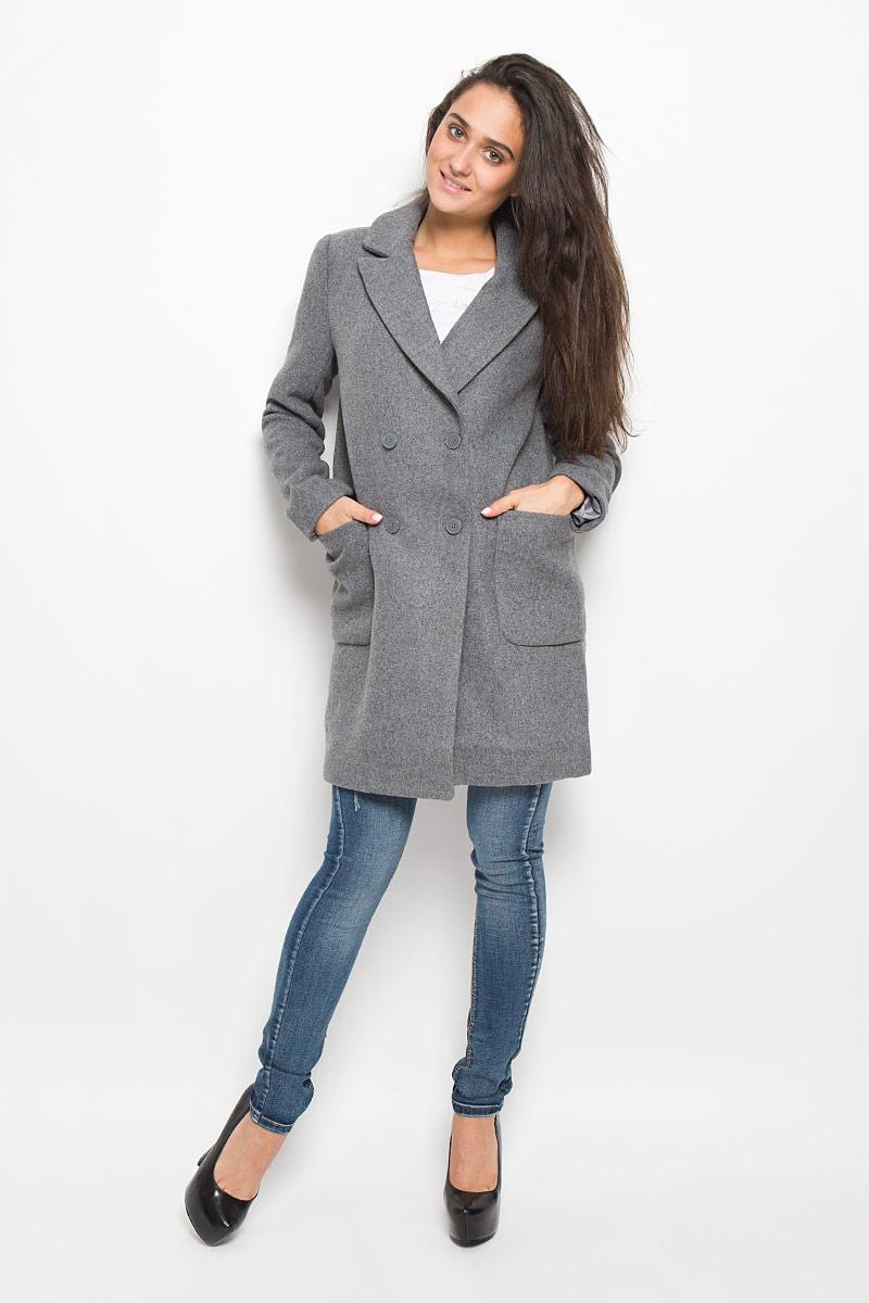 Пальто женское Concept Club Snipe1, цвет: серый. 10200610016_1900. Размер L (48)10200610016_1900Удобное женское пальто Concept Club Snipe1 согреет вас в прохладную погоду и позволит выделиться из толпы. Модель с длинными рукавами и воротником с лацканами выполнена из шерсти с полиэстером и полиамидом, застегивается на пуговицы спереди. Изделие дополнено двумя накладными карманами. Пальто надежно сохранит тепло и защитит вас от ветра и холода. Это модное и в то же время комфортное пальто - отличный вариант для прогулок, оно подчеркнет ваш изысканный вкус и поможет создать неповторимый образ.
