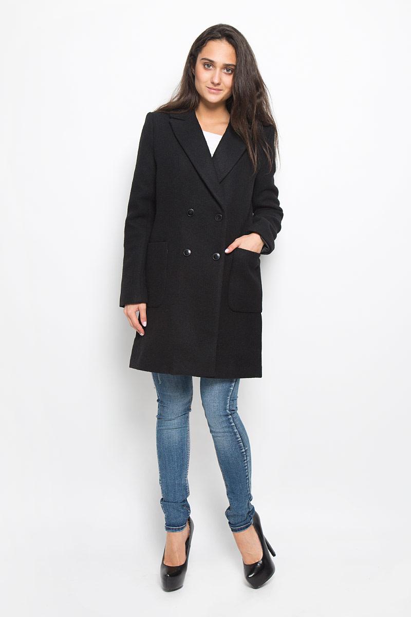 Пальто женское Concept Club Snipe1, цвет: черный. 10200610016_100. Размер M (46)10200610016_100Удобное женское пальто Concept Club Snipe1 согреет вас в прохладную погоду и позволит выделиться из толпы. Модель с длинными рукавами и воротником с лацканами выполнена из шерсти с полиэстером и полиамидом, застегивается на пуговицы спереди. Изделие дополнено двумя накладными карманами. Пальто надежно сохранит тепло и защитит вас от ветра и холода. Это модное и в то же время комфортное пальто - отличный вариант для прогулок, оно подчеркнет ваш изысканный вкус и поможет создать неповторимый образ.