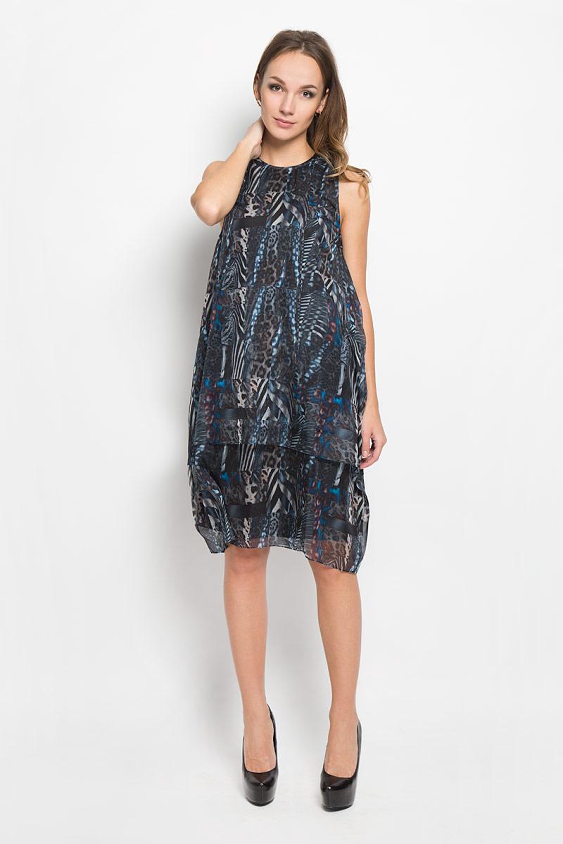 Платье Diesel, цвет: серый, черный, синий. 00STBW-0SAMS. Размер S (42)00STBW-0SAMS/900AМодное платье Diesel, выполненное из высококачественного материала, прекрасный вариант для женщин, желающих подчеркнуть свою индивидуальность и хороший вкус. Платье выполнено из полупрозрачного полиэстера с подкладкой. Модель на широких лямках и с круглым вырезом горловины. На спинке платье застегивается на крючок. Оформлено изделие интересным принтом. Это модное и удобное платье станет превосходным дополнением к вашему гардеробу, оно подарит вам удобство и поможет вам подчеркнуть свой вкус и неповторимый стиль.