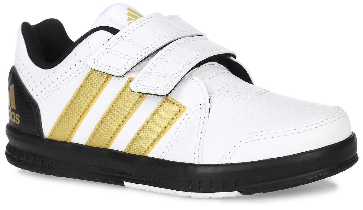 Кроссовки для тренинга детские adidas Performance Fb Lk Trainer 7 Cf, цвет: белый. AQ4580. Размер 17,5AQ4580Кроссовки для тренинга Fb Lk Trainer 7 Cf от Adidas Performance приведут в восторг вашего ребенка. Эта модель выполнена из искусственной кожи. Язычок и задник оформлены символикой бренда, мыс и боковые стороны - перфорацией. Застежки-липучки обеспечивают надежную фиксацию на ноге. У изделия дышащая сетчатая подкладка и стелька, выполненная по технологии Ortholite. Подошва с рифлением из прочных материалов гарантирует сцепление с любой поверхностью.